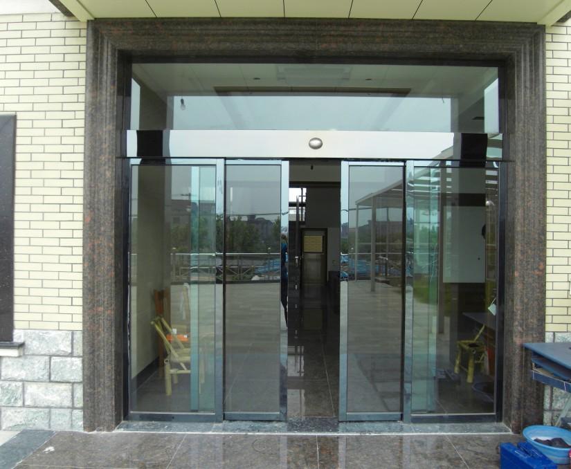 天津感应玻璃门价格 天津定做感应玻璃门